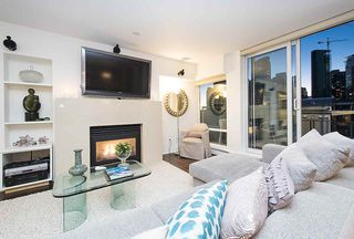 Photo 2: 801 1383 MARINASIDE CRESCENT in Vancouver: Yaletown Condo for sale (Vancouver West)  : MLS®# R2244068