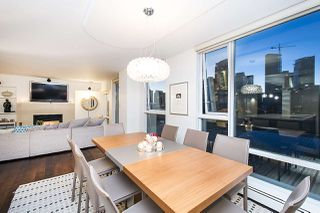 Photo 10: 801 1383 MARINASIDE CRESCENT in Vancouver: Yaletown Condo for sale (Vancouver West)  : MLS®# R2244068
