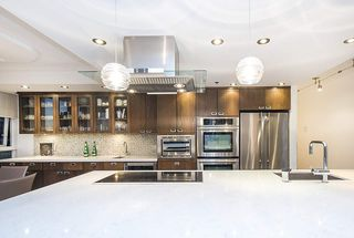 Photo 8: 801 1383 MARINASIDE CRESCENT in Vancouver: Yaletown Condo for sale (Vancouver West)  : MLS®# R2244068