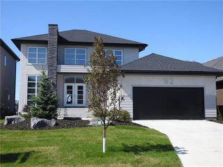 Photo 1: 92 Massalia Drive in Winnipeg: Amber Trails Single Family Detached for sale (4F)