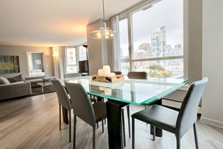 Photo 5: 388 Drake st in Vancouver: Condo for rent