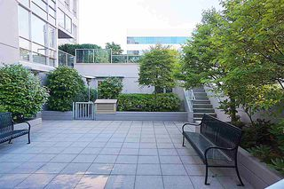 Photo 11: 307 1030 W BROADWAY in Vancouver: Fairview VW Condo for sale (Vancouver West)  : MLS®# R2334402