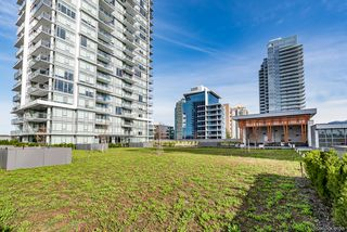 Photo 3: 4002 2008 Rosser Avenue in Burnaby: Brentwood Park Condo for sale (Burnaby North)  : MLS®# R2346027