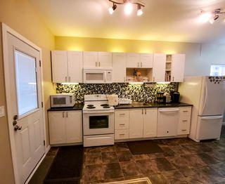 Photo 6: 1241 Selkirk Avenue in Winnipeg: Single Family Detached for sale (4B)  : MLS®# 1916390