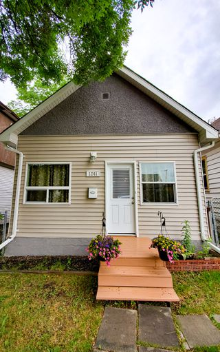 Photo 1: 1241 Selkirk Avenue in Winnipeg: Single Family Detached for sale (4B)  : MLS®# 1916390