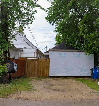 Photo 14: 1241 Selkirk Avenue in Winnipeg: Single Family Detached for sale (4B)  : MLS®# 1916390