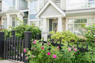 Photo 2: 7478 MAGNOLIA Terrace in Burnaby: Highgate Townhouse for sale (Burnaby South)  : MLS®# R2391677