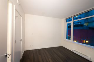 """Photo 10: 307 200 NELSONS Crescent in New Westminster: Sapperton Condo for sale in """"THE SAPPERTON"""" : MLS®# R2424400"""