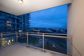 """Photo 6: 307 200 NELSONS Crescent in New Westminster: Sapperton Condo for sale in """"THE SAPPERTON"""" : MLS®# R2424400"""