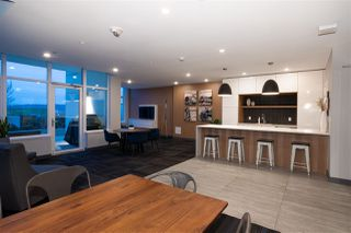 """Photo 14: 307 200 NELSONS Crescent in New Westminster: Sapperton Condo for sale in """"THE SAPPERTON"""" : MLS®# R2424400"""