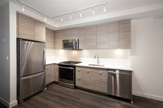 """Photo 9: 307 200 NELSONS Crescent in New Westminster: Sapperton Condo for sale in """"THE SAPPERTON"""" : MLS®# R2424400"""
