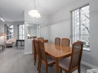 "Photo 5: 301 1150 QUAYSIDE Drive in New Westminster: Quay Condo for sale in ""WESTPORT"" : MLS®# R2426092"