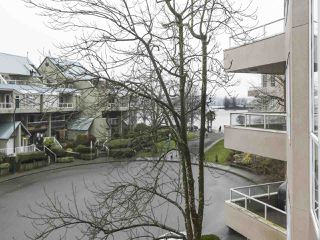 "Photo 15: 301 1150 QUAYSIDE Drive in New Westminster: Quay Condo for sale in ""WESTPORT"" : MLS®# R2426092"