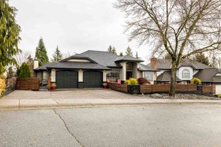 Main Photo: 5912 190A Street in Surrey: Cloverdale BC House for sale (Cloverdale)  : MLS®# R2430497