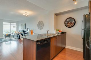Photo 3: 2906 2191 Yonge Street in Toronto: Mount Pleasant West Condo for sale (Toronto C10)  : MLS®# C4832337