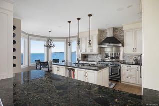 Photo 8: 5051 Cordova Bay Rd in Saanich: SE Cordova Bay Single Family Detached for sale (Saanich East)  : MLS®# 834390