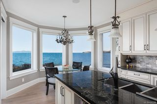 Photo 14: 5051 Cordova Bay Rd in Saanich: SE Cordova Bay Single Family Detached for sale (Saanich East)  : MLS®# 834390