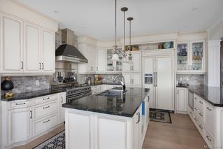 Photo 11: 5051 Cordova Bay Rd in Saanich: SE Cordova Bay Single Family Detached for sale (Saanich East)  : MLS®# 834390