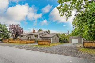 Photo 2: 624 Shepherd Ave in : Na University District House for sale (Nanaimo)  : MLS®# 856198