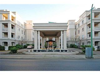 """Photo 1: 303 3098 GUILDFORD Way in Coquitlam: New Horizons Condo for sale in """"MARLBOROUGH HOUSE"""" : MLS®# V956575"""