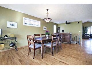 Photo 4: 2752 GRANT Crescent SW in CALGARY: Glenbrook Residential Detached Single Family for sale (Calgary)  : MLS®# C3540609