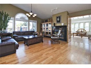 Photo 8: 2752 GRANT Crescent SW in CALGARY: Glenbrook Residential Detached Single Family for sale (Calgary)  : MLS®# C3540609