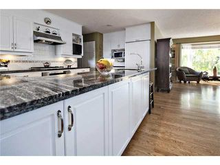 Photo 6: 2752 GRANT Crescent SW in CALGARY: Glenbrook Residential Detached Single Family for sale (Calgary)  : MLS®# C3540609
