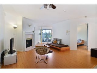 """Photo 4: 310 3131 MAIN Street in Vancouver: Mount Pleasant VE Condo for sale in """"CARTIER PLACE"""" (Vancouver East)  : MLS®# V991875"""