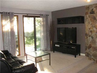 Photo 5: 319 RANCHRIDGE Bay NW in CALGARY: Ranchlands Residential Detached Single Family for sale (Calgary)  : MLS®# C3579616