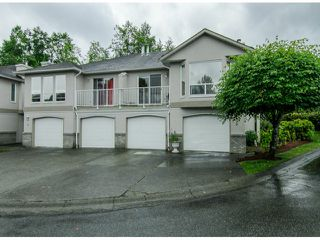 "Photo 1: 22 3902 LATIMER Street in Abbotsford: Abbotsford East Townhouse for sale in ""Country View Estates"" : MLS®# F1416425"