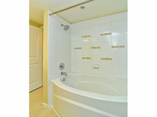 "Photo 11: 303 1330 GENEST Way in Coquitlam: Westwood Plateau Condo for sale in ""THE LANTERNS"" : MLS®# V1078242"