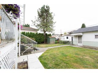 Photo 13: 4437 N Huxley Avenue in Burnaby: Burnaby Hospital House for sale (Burnaby South)  : MLS®# V1086008