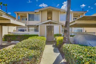 Photo 2: Residential for sale : 3 bedrooms : 3043 Barnard in San Diego