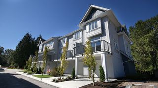 Photo 2: 54 5858 142 ST in Surrey: Sullivan Station Townhouse for sale : MLS®# N/A