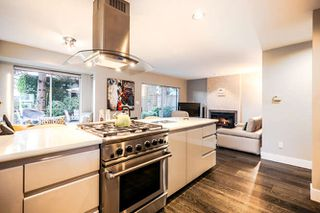 Photo 2: 3836 W 15th Avenue in Vancouver: House for sale : MLS®# R2025970