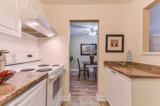 """Photo 13: 210 1555 FIR Street: White Rock Condo for sale in """"SAGEWOOD"""" (South Surrey White Rock)  : MLS®# R2388121"""