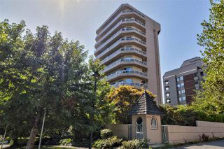 "Main Photo: 4 1717 DUCHESS Avenue in West Vancouver: Ambleside Condo for sale in ""The Regent"" : MLS®# R2401108"