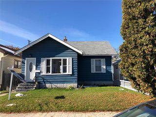 Main Photo: 844 Garfield Street in Winnipeg: Sargent Park Residential for sale (5C)  : MLS®# 1929234