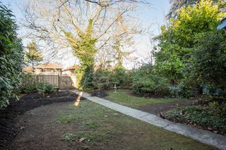 Photo 17: 1271 E 14TH Avenue in Vancouver: Mount Pleasant VE House for sale (Vancouver East)  : MLS®# R2421844