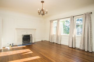 Photo 4: 1271 E 14TH Avenue in Vancouver: Mount Pleasant VE House for sale (Vancouver East)  : MLS®# R2421844