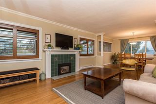"Photo 3: 310 CHURCHILL Avenue in New Westminster: The Heights NW House for sale in ""Heights"" : MLS®# R2428697"