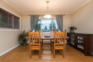 "Photo 6: 310 CHURCHILL Avenue in New Westminster: The Heights NW House for sale in ""Heights"" : MLS®# R2428697"