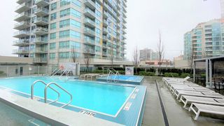 Photo 13: 2007 125 E 14TH Street in Vancouver: Central Lonsdale Condo for sale (North Vancouver)  : MLS®# R2435009