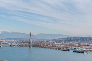 Photo 19: 2509 988 QUAYSIDE Drive in New Westminster: Quay Condo for sale : MLS®# R2444956