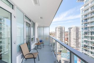Photo 15: 2509 988 QUAYSIDE Drive in New Westminster: Quay Condo for sale : MLS®# R2444956