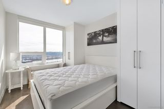 Photo 2: 2509 988 QUAYSIDE Drive in New Westminster: Quay Condo for sale : MLS®# R2444956