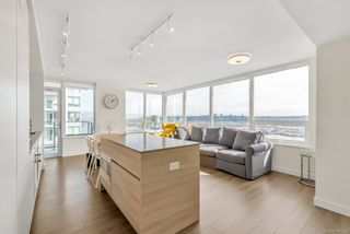 Photo 4: 2509 988 QUAYSIDE Drive in New Westminster: Quay Condo for sale : MLS®# R2444956