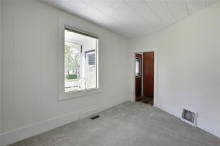 Photo 3: 814 20 Street SE in Calgary: Inglewood Detached for sale : MLS®# C4300436