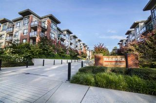 Photo 1: 406 7088 14TH AVENUE in Burnaby: Edmonds BE Condo for sale (Burnaby East)  : MLS®# R2477213