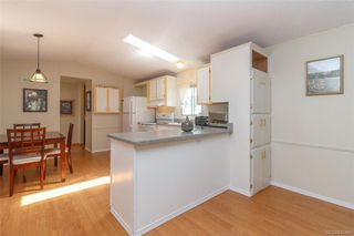 Photo 9: 202 2779 Stautw Rd in : CS Saanichton Manufactured Home for sale (Central Saanich)  : MLS®# 845460